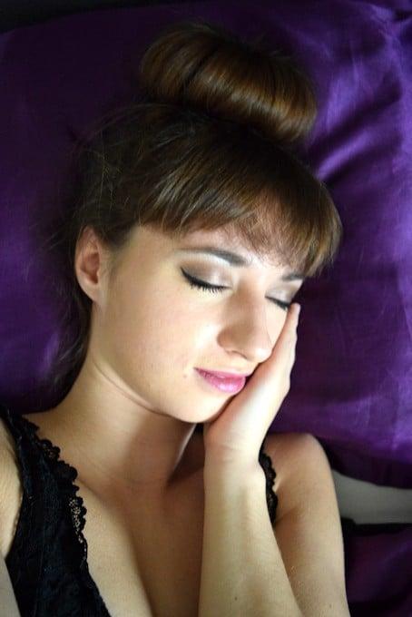 5 Kapsels voor het Slapen gaan - Hoge Knot
