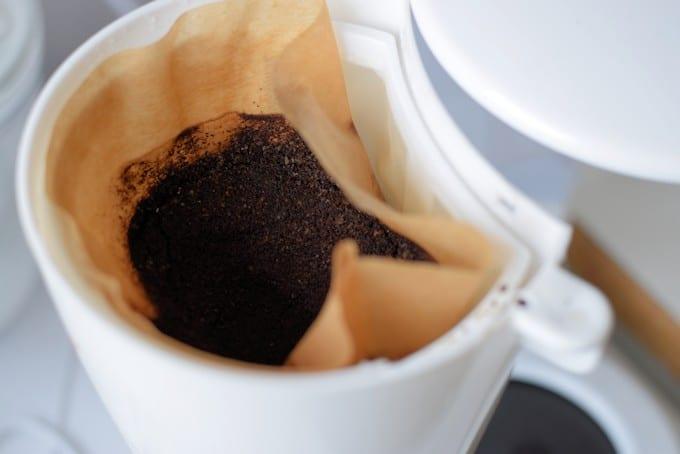 Koffie zetten voor je haar