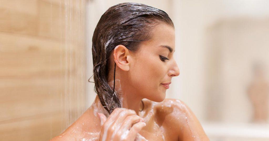 Hoe vaak moet je je haar wassen?